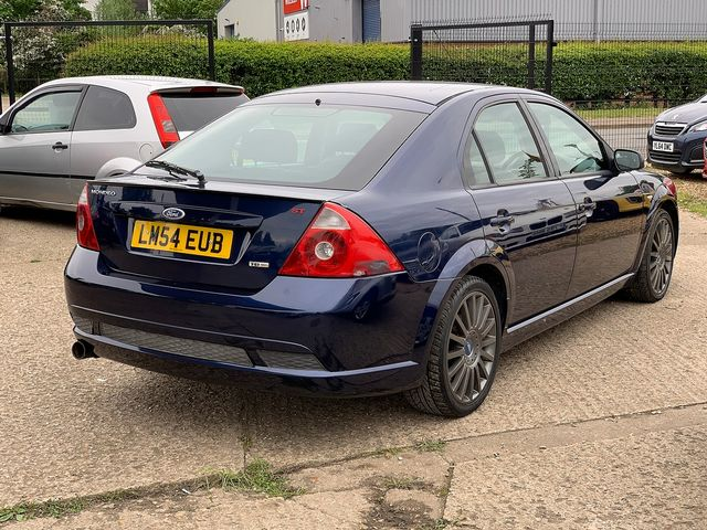 FORD Mondeo 2.2 TDCi 155 PS ST SIII (2004) for sale  in Peterborough, Cambridgeshire | Autobay Cars - Picture 3