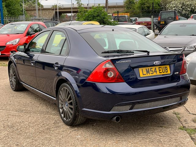 FORD Mondeo 2.2 TDCi 155 PS ST SIII (2004) for sale  in Peterborough, Cambridgeshire | Autobay Cars - Picture 4