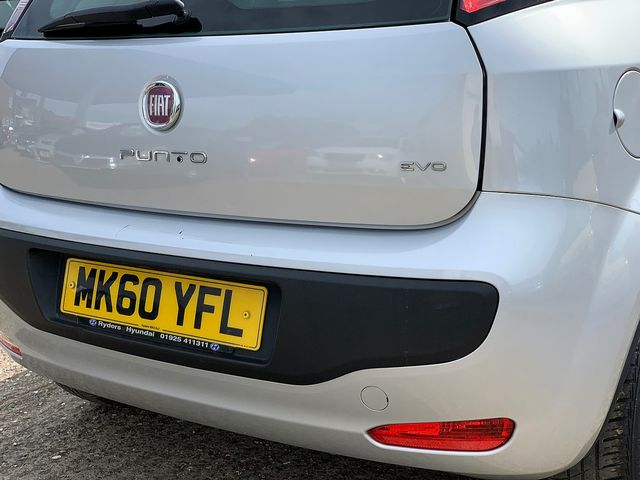 FIAT Punto Evo 1.4 8v Active (2010) for sale  in Peterborough, Cambridgeshire | Autobay Cars - Picture 6