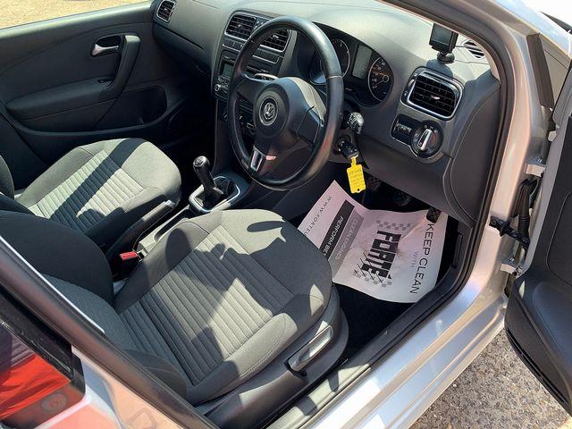 VOLKSWAGEN Polo 1.6 TDI 90 PS SEL (2011) for sale  in Peterborough, Cambridgeshire | Autobay Cars - Picture 15