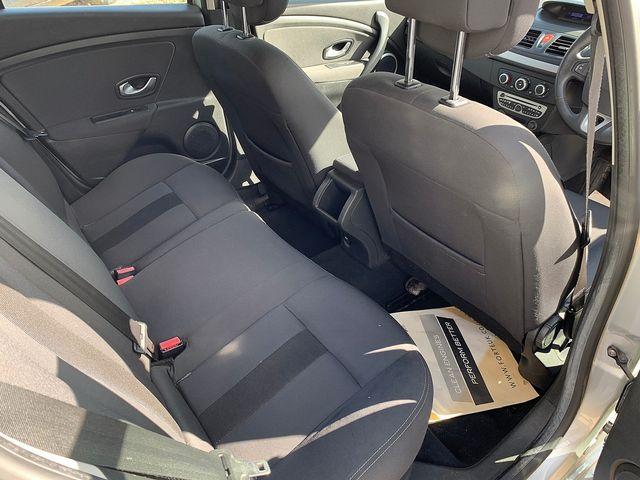 RENAULT Megane Hatch Dynamique S 1.5 dCi 106 EU4 (2009) for sale  in Peterborough, Cambridgeshire | Autobay Cars - Picture 31