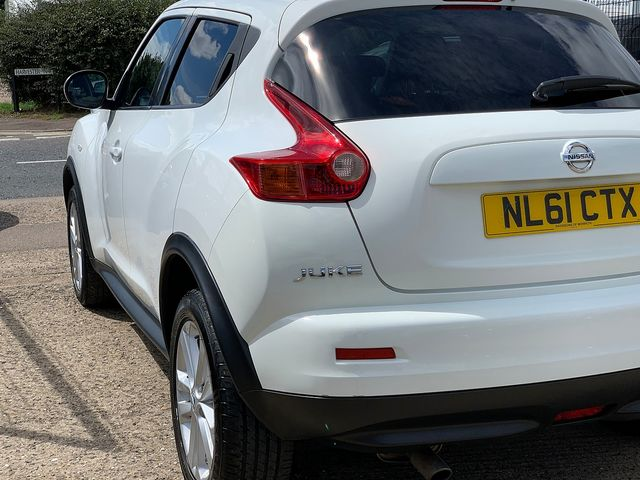NISSAN Juke Acenta + Sport Pack 1.5 dCi (2011) for sale  in Peterborough, Cambridgeshire | Autobay Cars - Picture 5