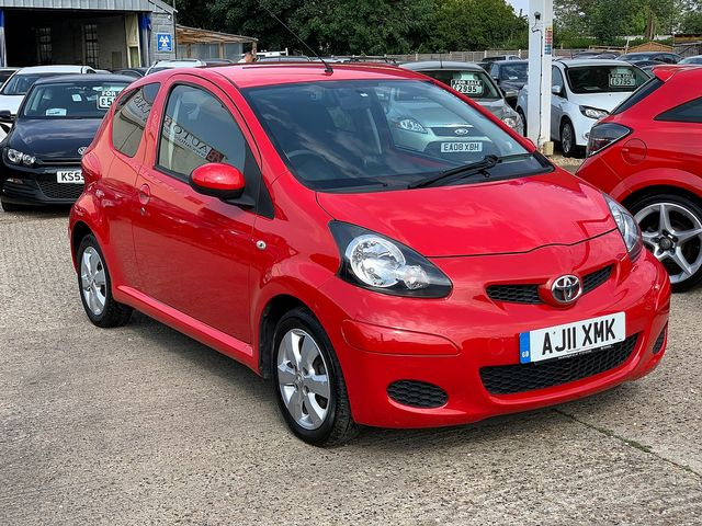 TOYOTA Aygo 1.0 VVT-i (2011) for sale  in Peterborough, Cambridgeshire | Autobay Cars - Picture 2