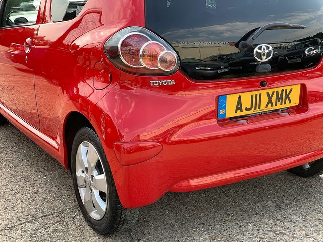 TOYOTA Aygo 1.0 VVT-i (2011) for sale  in Peterborough, Cambridgeshire | Autobay Cars - Picture 5