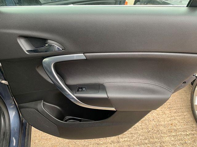 VAUXHALL Insignia SE 2.0CDTi 16v (160PS) (2009) for sale  in Peterborough, Cambridgeshire | Autobay Cars - Picture 37