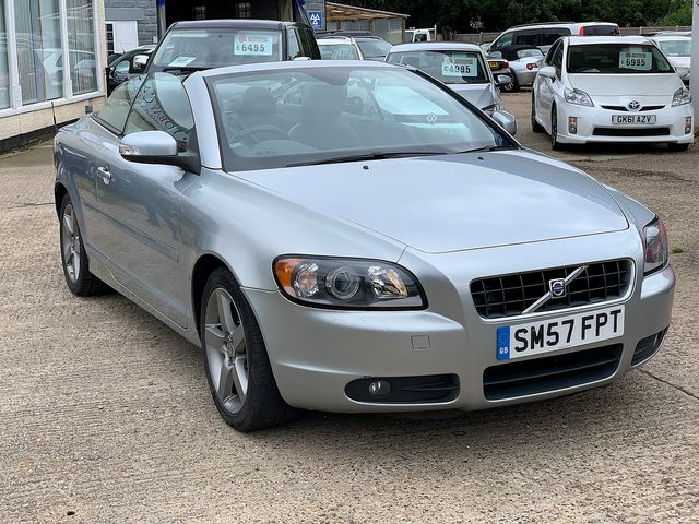 VOLVO C70 2.4i Sport (2007) for sale  in Peterborough, Cambridgeshire | Autobay Cars - Picture 2