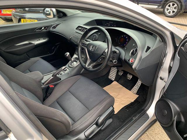 HONDA Civic 1.8 i-VTEC ES (2010) for sale  in Peterborough, Cambridgeshire | Autobay Cars - Picture 15
