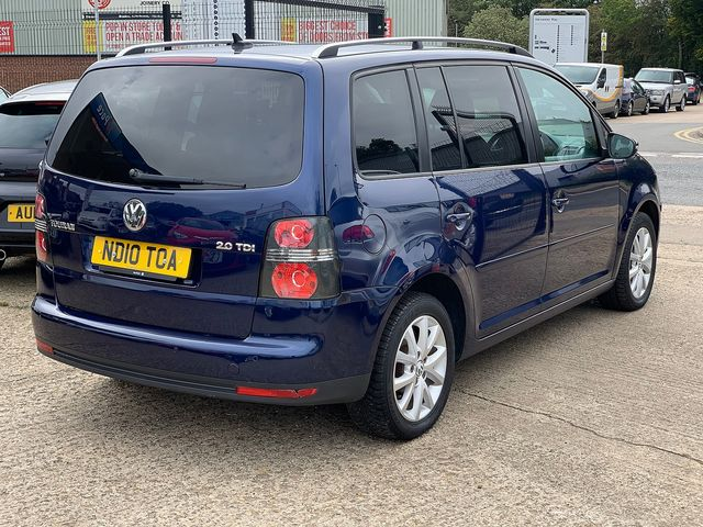 VOLKSWAGEN Touran Match 2.0 TDI 140 PS (2010) for sale  in Peterborough, Cambridgeshire | Autobay Cars - Picture 3