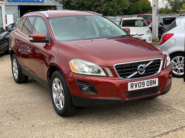 VOLVO XC60 D5 AWD (205 bhp) SE Lux (2009) for sale  in Peterborough, Cambridgeshire | Autobay Cars - Picture 2