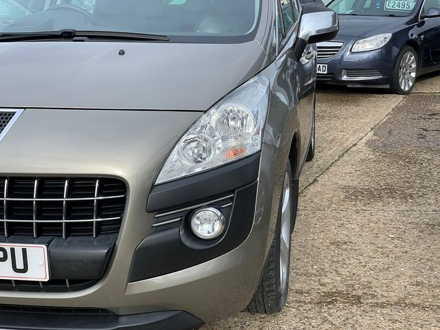 PEUGEOT 3008 Exclusive HDi 112 FAP EGC (2011) for sale  in Peterborough, Cambridgeshire | Autobay Cars - Picture 8