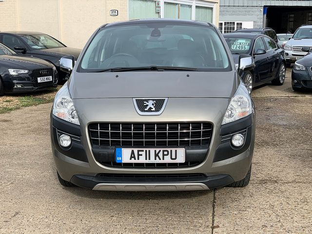 PEUGEOT 3008 Exclusive HDi 112 FAP EGC (2011) for sale  in Peterborough, Cambridgeshire | Autobay Cars - Picture 9