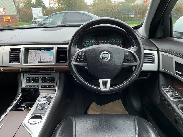 JAGUAR XF Sportbrake 2.2 Diesel Luxury 163PS (2013) for sale  in Peterborough, Cambridgeshire   Autobay Cars - Picture 20