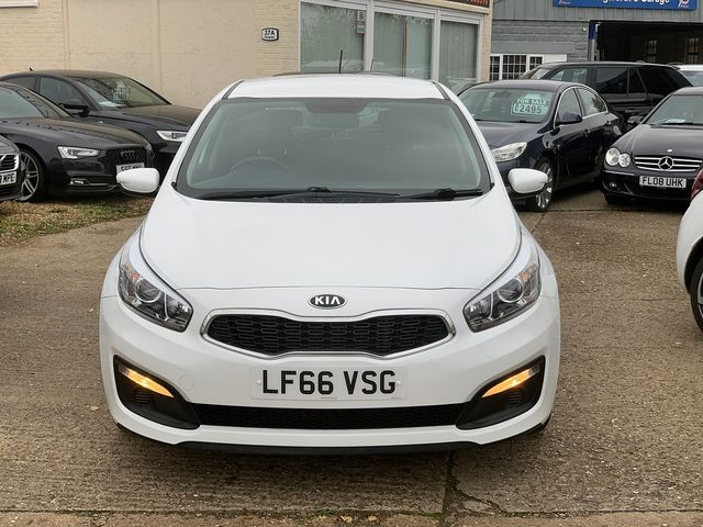 KIA Cee'd 1.4 CRDi 89bhp 6-speed manual (2016) for sale  in Peterborough, Cambridgeshire | Autobay Cars - Picture 10