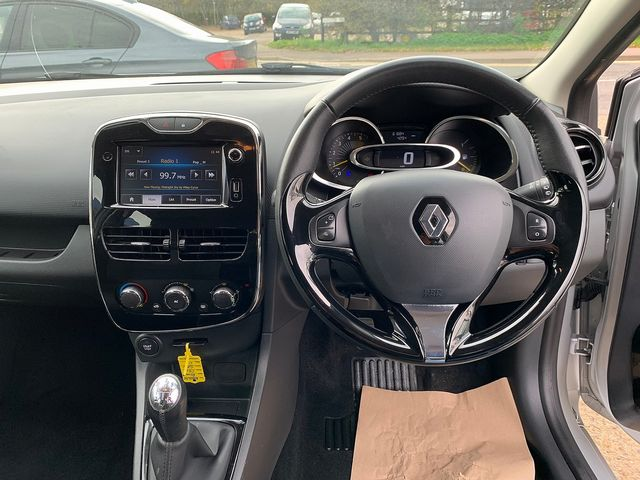 RENAULT Clio Dynamique MediaNav dCi 90 S&S (2013) for sale  in Peterborough, Cambridgeshire | Autobay Cars - Picture 19