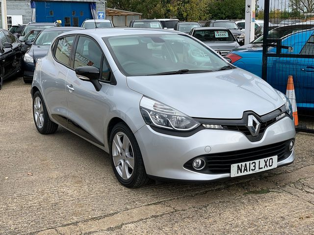 RENAULT Clio Dynamique MediaNav dCi 90 S&S (2013) for sale  in Peterborough, Cambridgeshire | Autobay Cars - Picture 2