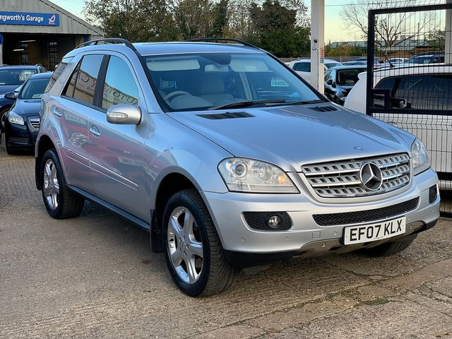 MERCEDES M-class ML 320 CDi Sport (2007) for sale  in Peterborough, Cambridgeshire | Autobay Cars - Picture 2