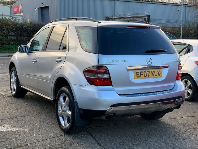 MERCEDES M-class ML 320 CDi Sport (2007) for sale  in Peterborough, Cambridgeshire | Autobay Cars - Picture 3