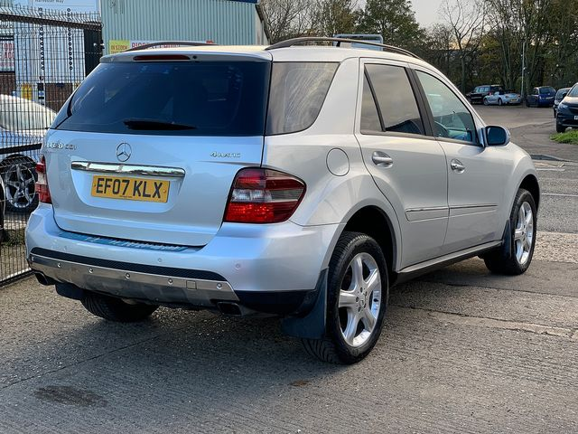 MERCEDES M-class ML 320 CDi Sport (2007) for sale  in Peterborough, Cambridgeshire | Autobay Cars - Picture 4