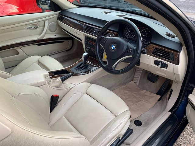 BMW 3 Series 320d SE (2010) for sale  in Peterborough, Cambridgeshire | Autobay Cars - Picture 15
