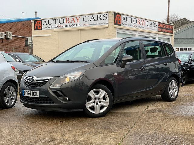 VAUXHALL Zafira Tourer EXCLUSIV 1.8i 140PS (2015) for sale  in Peterborough, Cambridgeshire | Autobay Cars - Picture 1