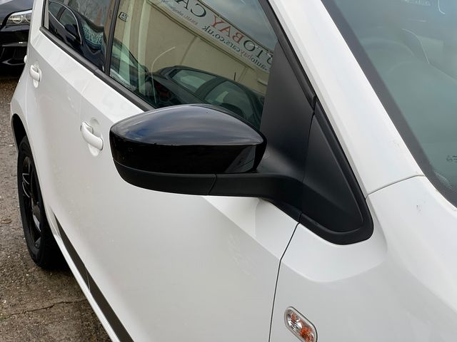 SEAT Mii Design Mii 12V 60PS (2017) for sale  in Peterborough, Cambridgeshire | Autobay Cars - Picture 10