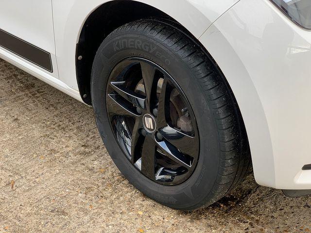 SEAT Mii Design Mii 12V 60PS (2017) for sale  in Peterborough, Cambridgeshire | Autobay Cars - Picture 12