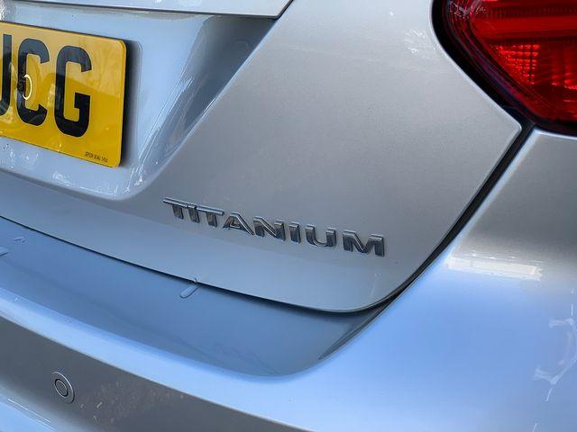 FORD Focus Titanium 1.6 TDCi 115 PS (2011) for sale  in Peterborough, Cambridgeshire   Autobay Cars - Picture 7
