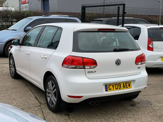VOLKSWAGEN Golf SE TDI 2.0 110 PS (2009) for sale  in Peterborough, Cambridgeshire | Autobay Cars - Picture 4