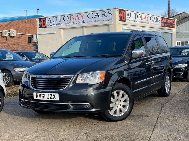CHRYSLER Voyager 2.8 CRD LX Auto (2011) for sale  in Peterborough, Cambridgeshire | Autobay Cars - Picture 1