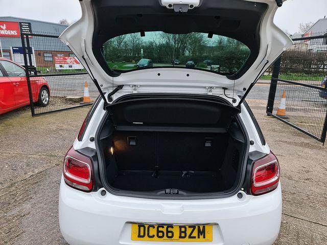 DS DS 3 PureTech 110 S&S manual Elegance (2017) for sale  in Peterborough, Cambridgeshire | Autobay Cars - Picture 22