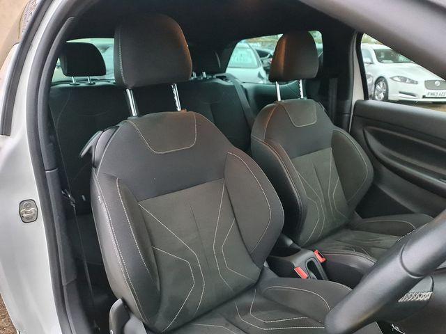 DS DS 3 PureTech 110 S&S manual Elegance (2017) for sale  in Peterborough, Cambridgeshire | Autobay Cars - Picture 25