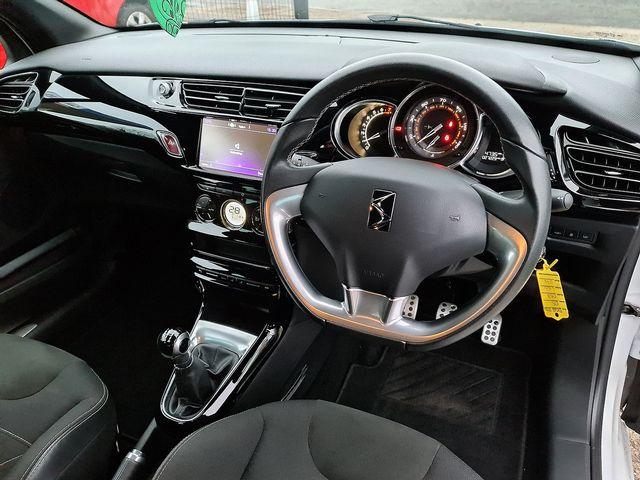 DS DS 3 PureTech 110 S&S manual Elegance (2017) for sale  in Peterborough, Cambridgeshire | Autobay Cars - Picture 27