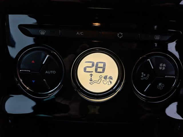 DS DS 3 PureTech 110 S&S manual Elegance (2017) for sale  in Peterborough, Cambridgeshire | Autobay Cars - Picture 41