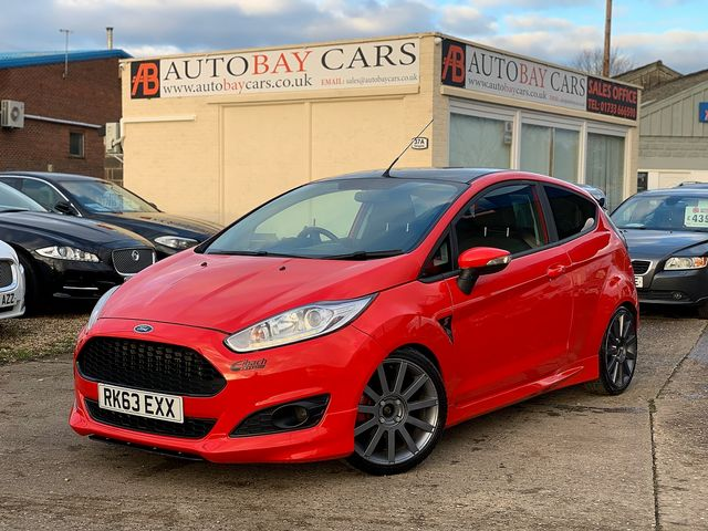 FORD Fiesta Zetec 1.0 80PS Start/Stop (2013) for sale  in Peterborough, Cambridgeshire | Autobay Cars - Picture 1