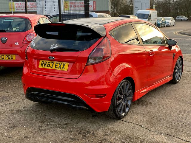 FORD Fiesta Zetec 1.0 80PS Start/Stop (2013) for sale  in Peterborough, Cambridgeshire | Autobay Cars - Picture 3