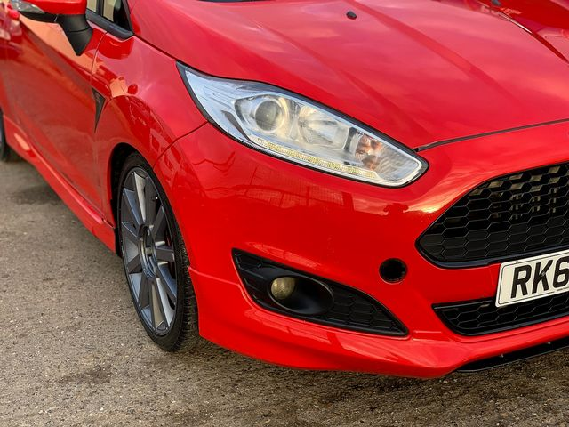 FORD Fiesta Zetec 1.0 80PS Start/Stop (2013) for sale  in Peterborough, Cambridgeshire | Autobay Cars - Picture 7