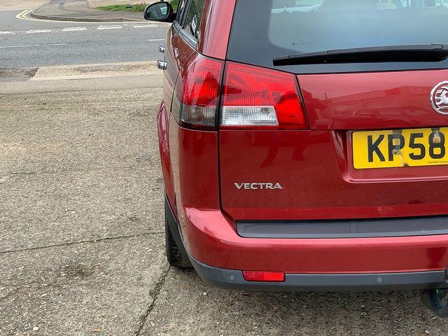 VAUXHALL Vectra Elite Nav 3.0CDTi V6 24v auto (2008) for sale  in Peterborough, Cambridgeshire | Autobay Cars - Picture 5