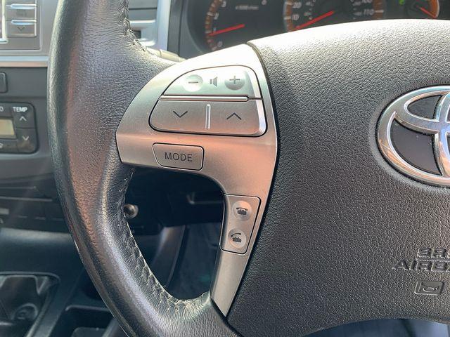 TOYOTA Hilux Invincible X 3.0 D-4D 171 Auto (2015) for sale  in Peterborough, Cambridgeshire | Autobay Cars - Picture 27