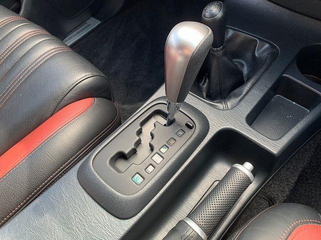 TOYOTA Hilux Invincible X 3.0 D-4D 171 Auto (2015) for sale  in Peterborough, Cambridgeshire | Autobay Cars - Picture 40