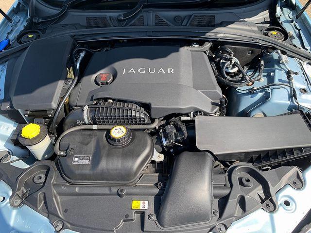 JAGUAR XF 3.0 litre V6 Diesel Luxury (2011) for sale  in Peterborough, Cambridgeshire | Autobay Cars - Picture 42