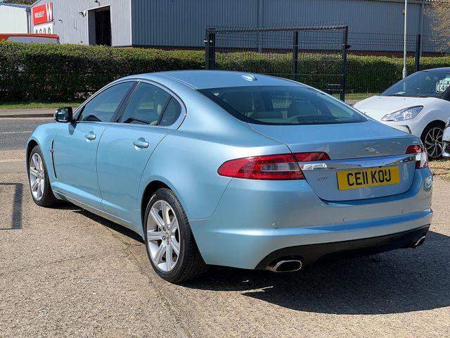 JAGUAR XF 3.0 litre V6 Diesel Luxury (2011) for sale  in Peterborough, Cambridgeshire | Autobay Cars - Picture 4