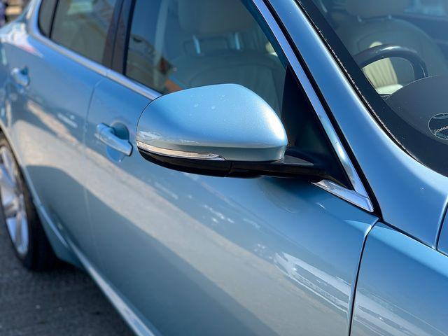 JAGUAR XF 3.0 litre V6 Diesel Luxury (2011) for sale  in Peterborough, Cambridgeshire | Autobay Cars - Picture 9