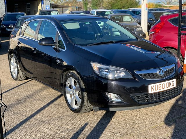 VAUXHALL Astra SRi 1.6i 16v VVT (2010) for sale  in Peterborough, Cambridgeshire | Autobay Cars - Picture 2