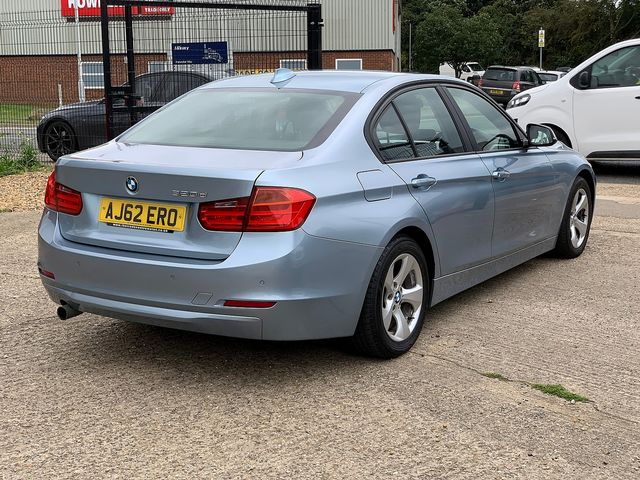 BMW 3 Series 320d EfficientDynamics (2012) for sale  in Peterborough, Cambridgeshire | Autobay Cars - Picture 3