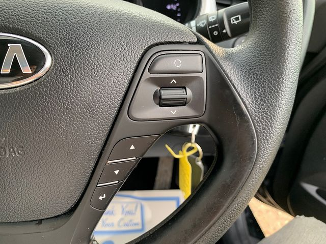 KIA cee'd '1' 1.4 CRDi 89bhp 6-speed manual (2014) for sale  in Peterborough, Cambridgeshire   Autobay Cars - Picture 15