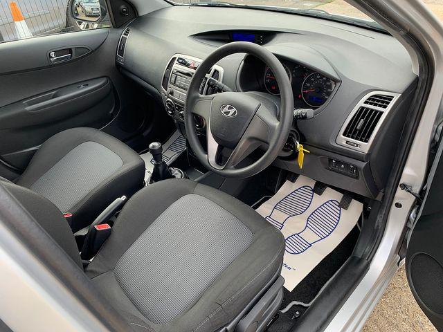 HYUNDAI i20 1.2 Classic (2014) for sale  in Peterborough, Cambridgeshire | Autobay Cars - Picture 11